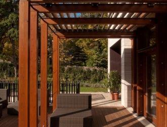 Családi ház, Budapest, #fa, #pergola, #teraszárnyékoló, #építészet, #kert