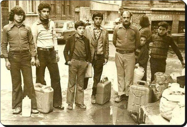 Su sırası bekleyen İstanbul'lular - 1979