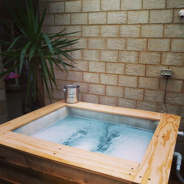 Ibc above ground plunge pool shipping pallets pictures - How to build an above ground swimming pool ...