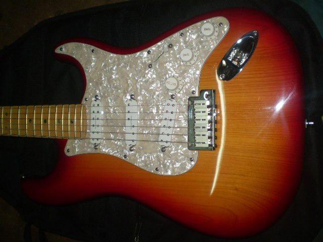 2003 USA Cherry Burst Deluxe Fender