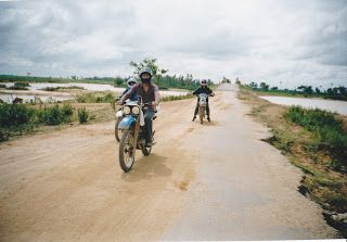 Dirt-Bike Province Trip to Prey Veng http://jouljet.blogspot.com/2012/11/dirt-bike-province-trip-to-prey-veng.html #Cambodia #travel #ttot #dirtbikes