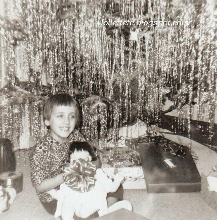 Mary Jollette Slade Christmas 1964