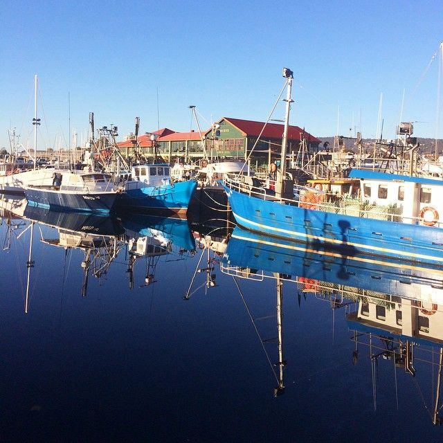 Fishing boats in Sullivans Cove, #Hobart via http://buff.ly/1IpCbbH?utm_content=buffer56990&utm_medium=social&utm_source=pinterest.com&utm_campaign=buffer #Tasmania #Travel