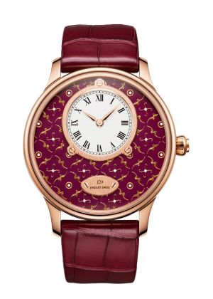 PETITE HEURE MINUTE PAILLONNEE | Bordeaux Grand Feu paillonné-enameled dial. 18-carat red gold case. Self-winding mechanical movement. Power reserve of 68 hours. Diameter 43 mm. Numerus Clausus of 8.