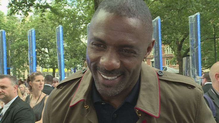 Star Trek: Idris Elba rolling around with Chris Pine & rapping with Prof...