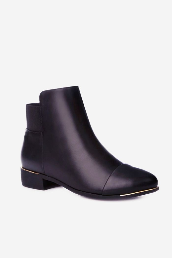 http://www.stylowebuty.pl/products/-Botki-Autumn-Look-Black-Pu.html