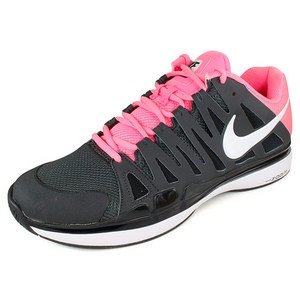 Roger Federer's Australian Open tennis shoe the Nike Vapor Tour 9 with pink.  Great looking for all guys.