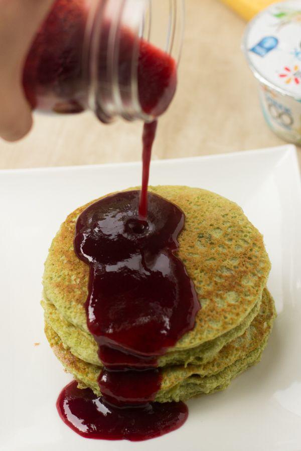 Green Smoothie Pancakes - Oh Sweet Basil