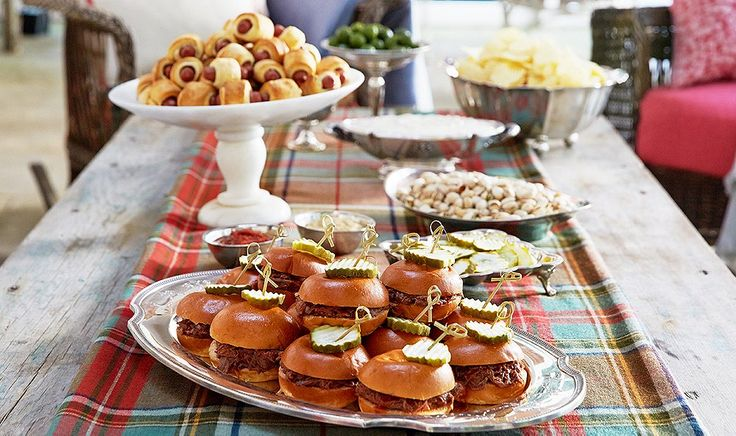 Tips for Taking Your Tailgating Party Up a Notch - cute way to serve pulled pork sliders
