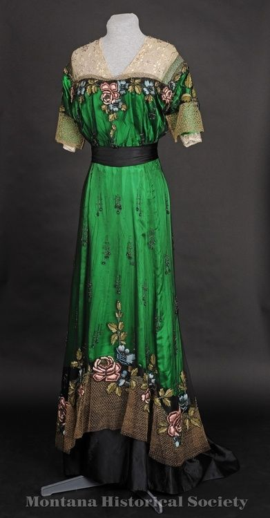 1900s WOW! A Green Evening Gown, c1905-07 Bright green with black waist and bottom ruffle and large floral accents
