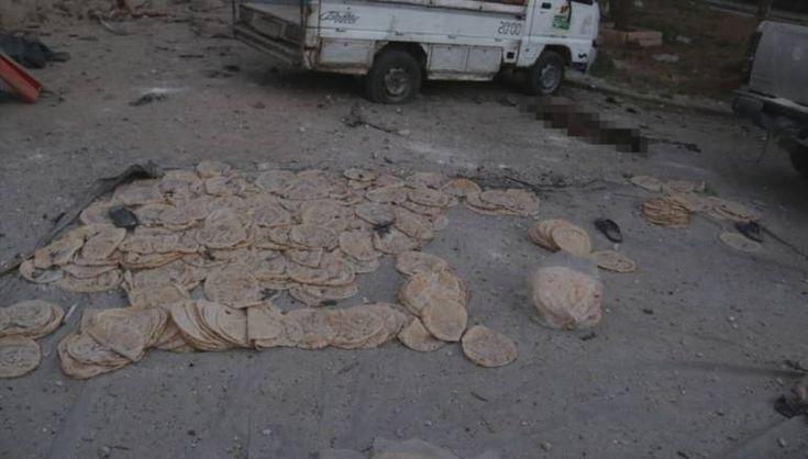 Target utama serangan rezim Asad di Aleppo adalah rumah sakit dan pabrik roti  ALEPPO (Arrahmah.com) - Jet tempur Rusia dan rezim Asad terus memukul lingkungan timur Aleppo berkonsentrasi pada bangunan vital seperti rumah sakit dan toko roti berniat untuk membunuh sebanyak mungkin.  Rumah sakit dan toko rotis di lingkungan Al-Maadi telah menjadi target. Laporan menjelaskan bahwa serangan udara menargetkan Al-Halak Bostan Al-Basha Bae'edin Al-Sakhour dan Al-Maadi menambahkan bahwa pesawat…