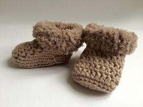 De Ligny Creations: Gratis Haakpatroon babyslofjes en berenmuts van teddygaren, #haken, Nederlands, baby, kraamcadeau, haakpatroon