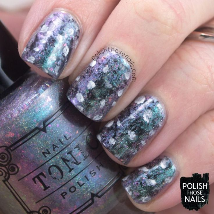 Abstract Kingdom // Polish Those Nails // The Digit-al Dozen - Indie Love // Inspired by Julie Hermant // indie polish - tonic nail polish - luxe lacquers (press sample) - polka dots - multichrome