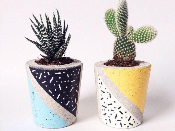 Concreto Planter, Cactus / suculentas maceta, hecho a mano, mano pintada patrón - incluye Cactus o suculenta. Colaboración de edición limitada.