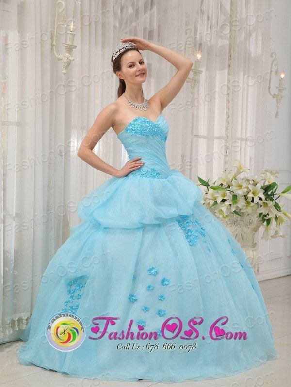 http://www.fashionor.com/The-Most-Popular-Quinceanera-Dresses-c-37.html  2018 Amazing Sweep train Dresses for 15    2018 Amazing Sweep train Dresses for 15    2018 Amazing Sweep train Dresses for 15