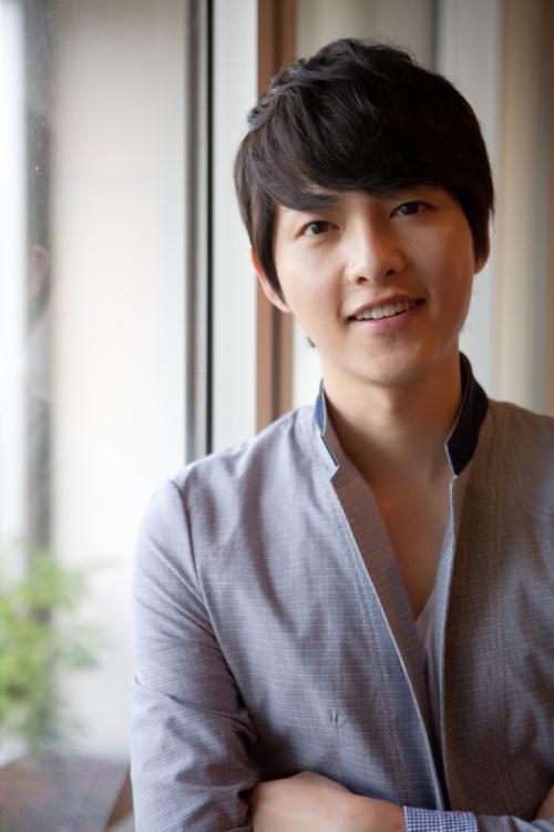 Song Joong-Ki. Such a cutie!