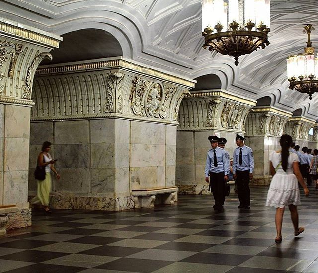 Is it a palace corridor? No, it's a Moscow-metro stop. (Moscow, Russia. July 2016) . . . . . . . . . . . #moscow #russia #russian #metro #travel #traveller #wanderlust #architecture #fitfam #fitness #igers #sky #beauty #happiness #adventure #clouds #trees #nature #fit #color #landscape #photooftheday #pic #building #instadaily #travelgram #summer