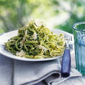 Spaghetti with avocado pesto Recipe | delicious. Magazine free recipes