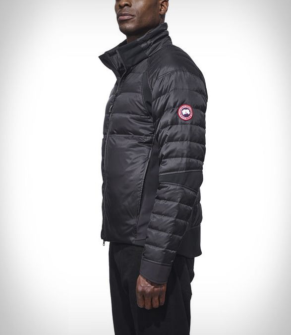 Jaqueta HyBridge Perren | Canadá Goose  Jaqueta HyBridge Perren | Canadá Goose Com mais de 50 anos de experiência no mercado em fazer roupas para condições meteorológicas extremas, a Canadá Goose é especialista em jaquetas e parkas construídas para suportar as mais severas condições climáticas por exploradores e montanhistas.