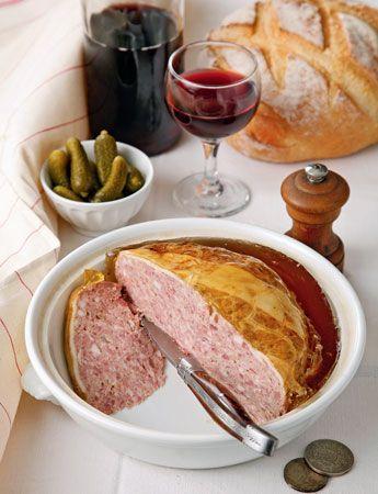 Как запечь мясо в духовке для праздничной закуски и на каждый день