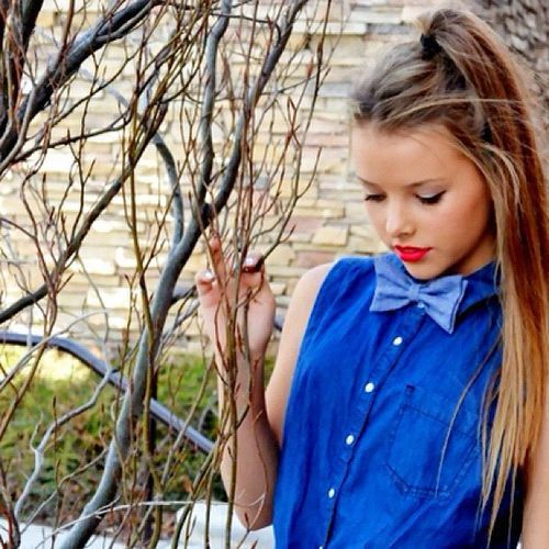 How to be Hipster Girls: Hipster,bowtie,blue,prety,girl Style ~ hipsterwall.com Hipster Clothing Inspiration