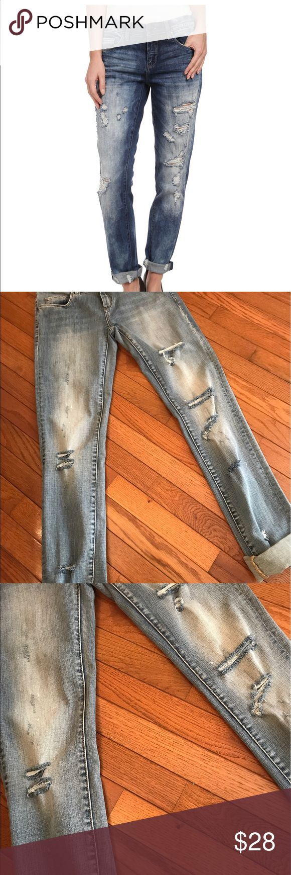"BLANK Distressed Slim Fit Boyfriend Jeans 👖 These are great because they can really be converted from boyfriend jeans to normal straight leg jeans, depending on your desired look and fit. For boyfriend jeans they are more of a slim fit boyfriend, roll cuffs up for boyfriend look, keep down and you have a normal pair of distressed, both front & back, see pics, medium/light wash jeans. I think they fit true to a size 25, which is a little small for me, with waist being 15"" lying flat and a…"