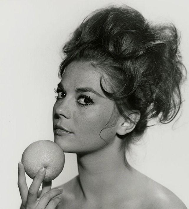 Natalie Wood, 1961                                                       …