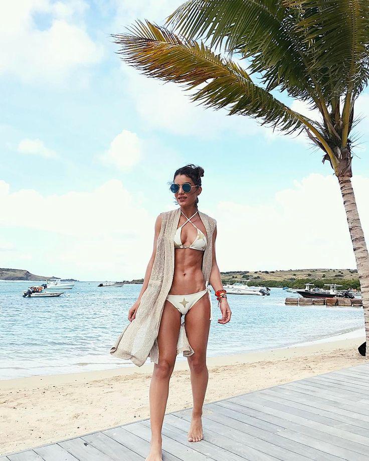 Camila Coelho - summer