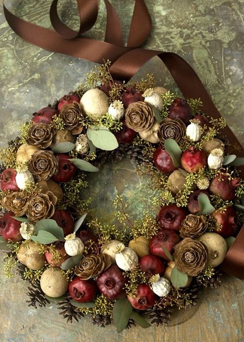۞ Welcoming Wreaths ۞ DIY home decor wreath ideas - Autumnal