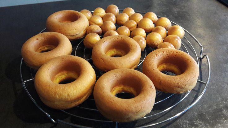 Liste des ingrédients pour la pâte à baba (cuisson 20/25 min à 175°C) – 200g de farine T45 – 6,6g de miel – 2 pincées de fleur de sel – 6,6g de levure fraiche – 224g d'œufs – 66,4g de beurre Dans l…