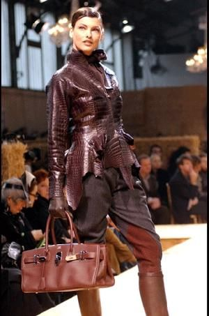 b4af26568a Hermes - Sharon Haver - FocusOnStyle.com | Anything That Catches My Eye in  2019 | Hermes, Leather fashion, Winter fashion