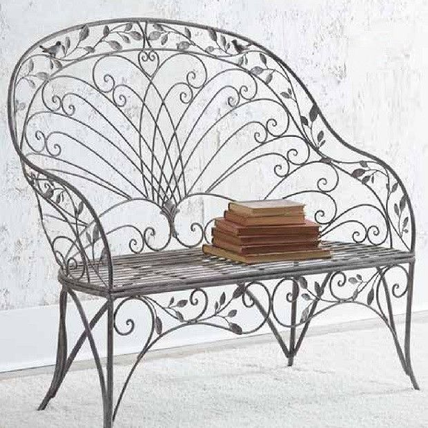 Ornate Decorative Metal Bench In 2020 Metal Bench Metal Garden Benches Farmhouse Chairs