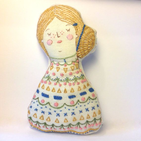 OOAK Folk Art Illustrated Embroidered por LouiseEdwardsDesign