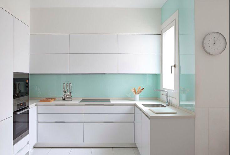 Cocinas blancas que no pasan de moda