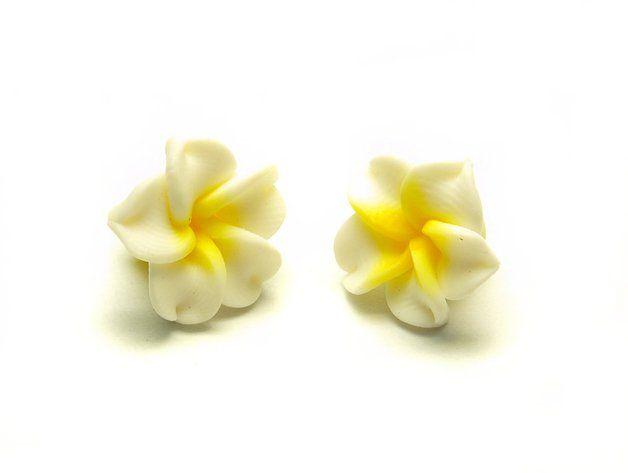 4 Stk Frangipani Blüten Fimo Clay weiß 15 x 9mm