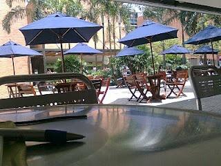 El Tejadito, Universidad Eafit. Mas de 900 desayunos se venden diarimente en las cafeterias de la Universidad Eafit.