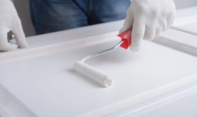 Cómo pintar puertas de madera #diy #bricolaje #pintura #renovar