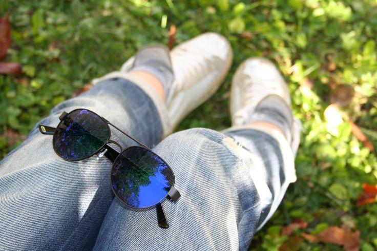 Sunnies, denim, white sneakers.  It's easy guys!Web Eyewear Style WE0144.