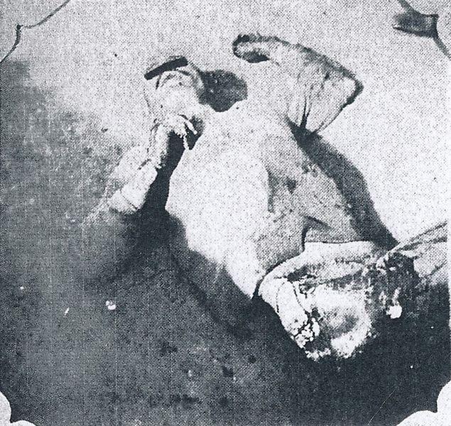 通州事件 ファイル:Tungchow Massacre.jpgの日本の被害者の虐殺死体