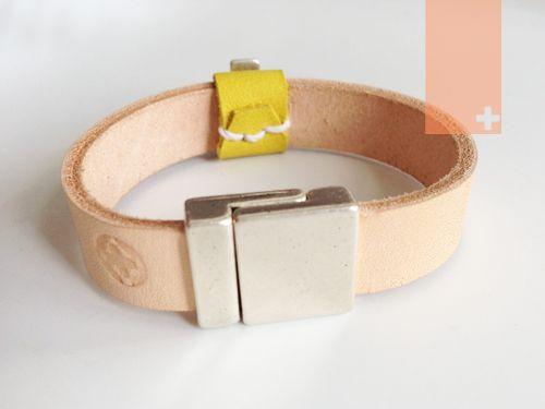 Leather bracelets ONETOWHAVE