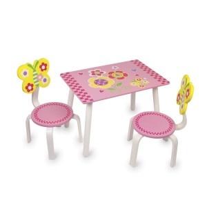 Deze felgekleurde stoelen en tafel zijn net zo verfrissend als de lente.  Perfect voor het spelen, thee partijen of het stimuleren van kinderen om creatief te zijn!