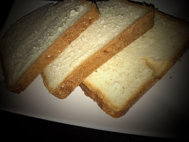 Toustový chleba z domácí pekárny výborný recept. Toustový chleba si jednoduše připravíte podle našeho receptu a uvidíte, že jiný už péct nebudete chtít. Toustový chleba se hodí jak na sendviče tak i na chlebíčky.