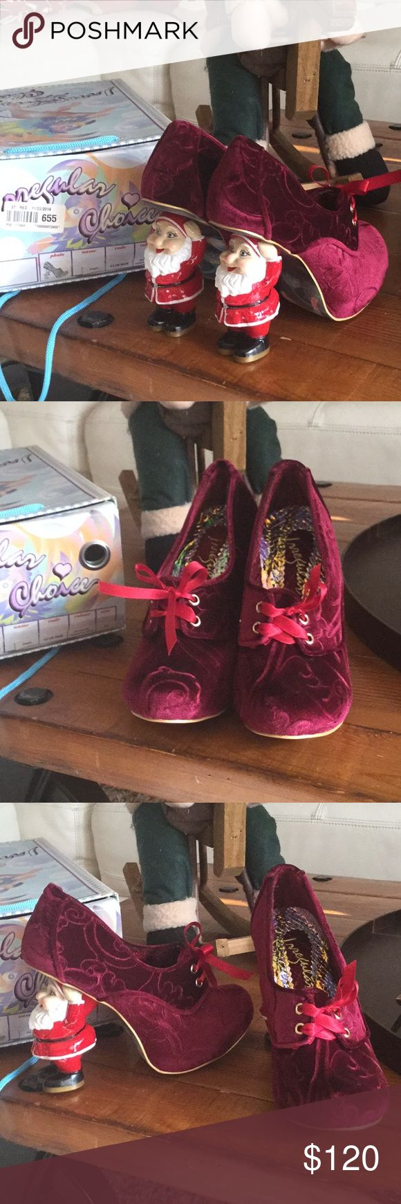 Irregular choice santa jingle Very good condition used only once, perfect for the holidays. Hard to find Europe size 37 Usa 6.5 color is burgundy irregular choice Shoes