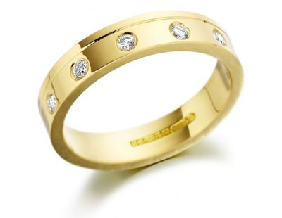 Diamond ring 18ct yellow gold flat shape wedding ring set with five round brilliant cut diamonds. Handmade in the UK by skilled craftsmen. Finger size L. Please contact us for other finger sizes. http://www.julify.com/