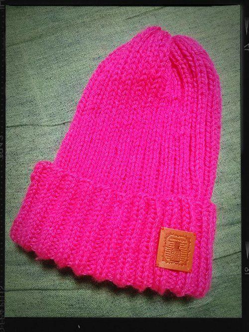 まっすぐ編んでぎゅーっ!簡単ニット帽の作り方