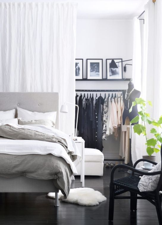 Behind the curtain closet - good solution for smaller rooms?