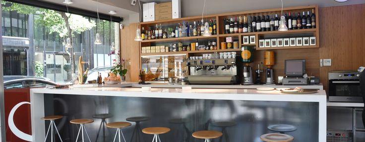 Cafetería en Barcelona, de cara al exterior.