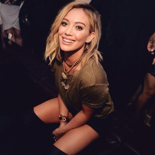 Best 25 hillary duff hair ideas on pinterest medium length hair hilary duff sitting on the toilet at her new single release party at marquee ny july junglespirit Images