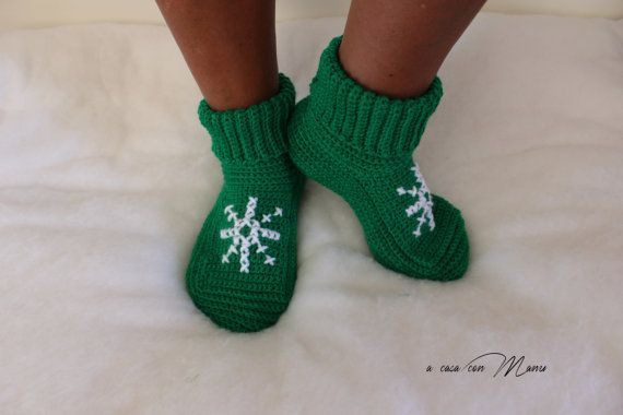 Pantofole di lana, wool slippers, babbucce verdi, green slippers, crochet…