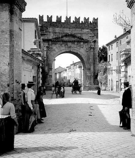 Arco di Augusto, Rimini fine '800  www.hotelpolo.it